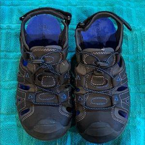 3/$25 Cherokee Sandals